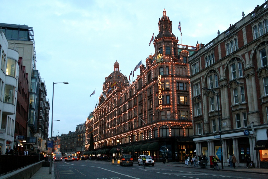 Brompton Road et le grand magasin Harrods