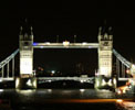 http://photosdelondres.com/tower-bridge-by-night