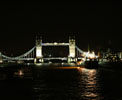 http://photosdelondres.com/tower-bridge-nuit